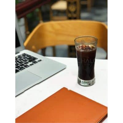 Giá ly thủy tinh bán cafe phù hợp với từng kiểu thức uống.