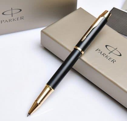 bút quà tặng 419x400 - Quà tặng sếp nữ thanh lịch, ý nghĩa